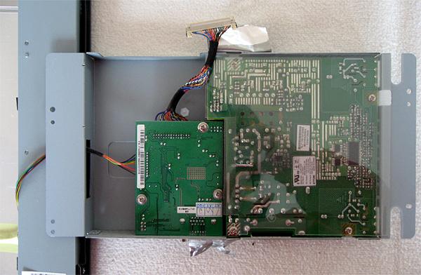 demontage-acer-al1706-boitier-des-cartes3