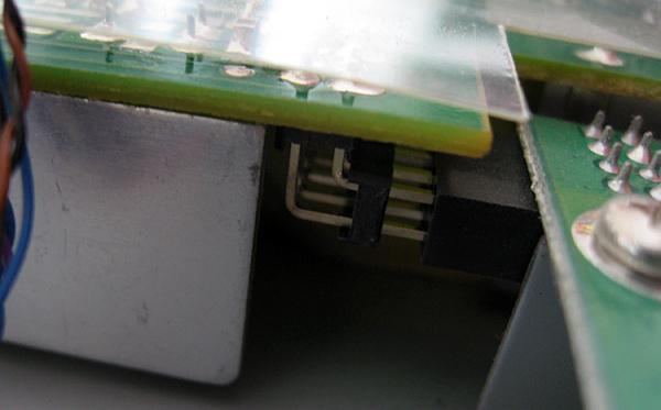 Le connecteur reliant la carte vidéo à la carte alim
