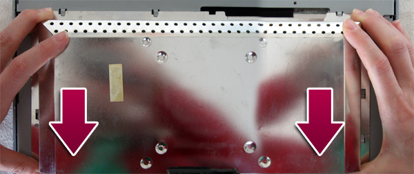 Déclipsage capot metallique