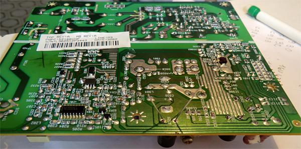 Le condensateur c929 en place