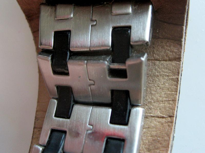 Lien cassé sur bracelet montre Timex Datalink USB