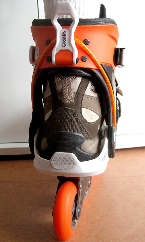 oxelo-sneak-in-essayage-chaussure-rando-arriere