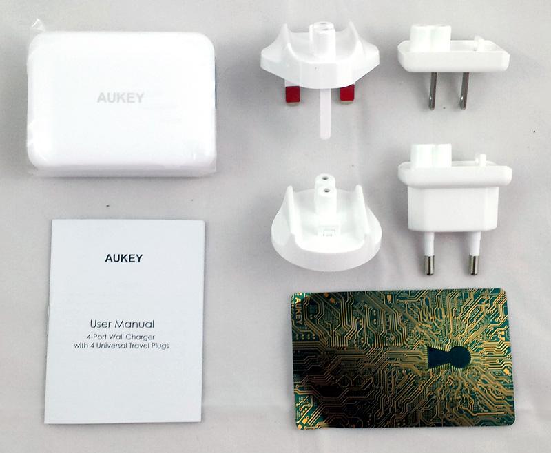 Chargeur de voyage Aukey, contenu de la boîte