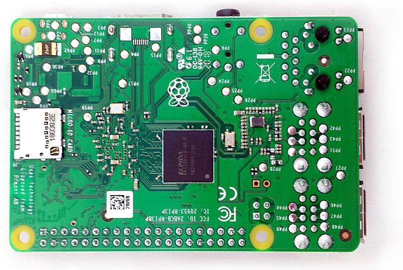Face inférieure du Raspberry Pi 3 Modèle B+