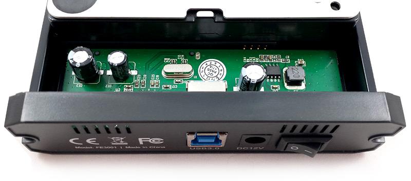 Disque dur prêt connecté au boîtier Inateck FE3001