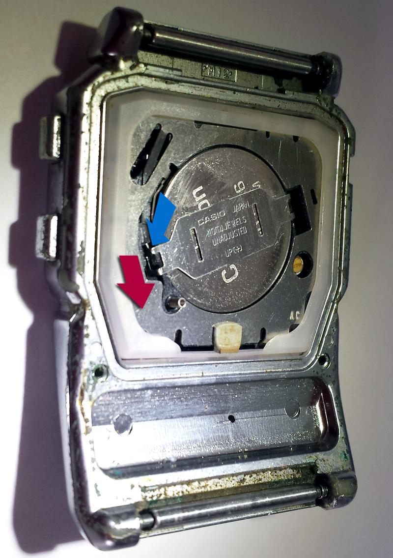 Sens pour retrait barrette DBC-600