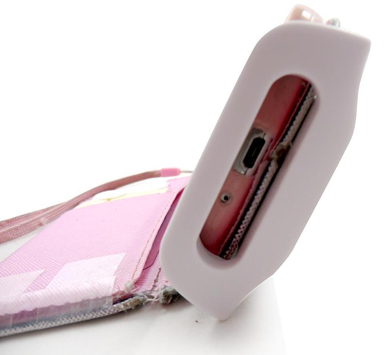 Ouverture pour port USB